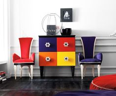 Madeira + cores + decoração = GENTE, VAMOS DESMAIAR! ❤️ #decoração #dicas #montacasa #homedecor