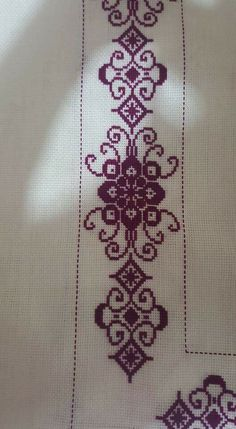 This Pin was discovered by sev Disney Cross Stitch Patterns, Cross Stitch Borders, Cross Stitch Flowers, Cross Stitch Designs, Hand Embroidery Design Patterns, Palestinian Embroidery, Bargello, Loom Beading, Cross Stitch Embroidery