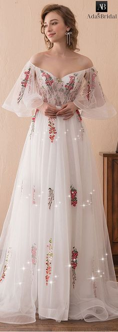 Gorgeous Tulle Off-the-shoulder Neckline Bell Sleeves A-line Prom Dress With Lace Appliques