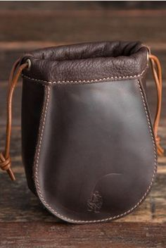 Zdroj pinu Saddleback Leather Co.