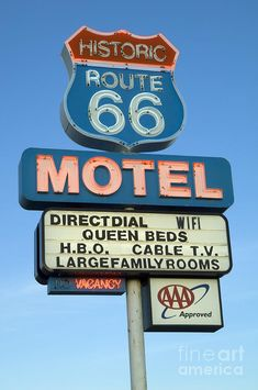 Route 66 Motel Sign 3 Photograph by Bob Christopher Old Neon Signs, Vintage Neon Signs, Old Signs, Purple Aesthetic, Retro Aesthetic, Retro Pictures, Retro Wallpaper, Route 66 Wallpaper, Photo Wall Collage