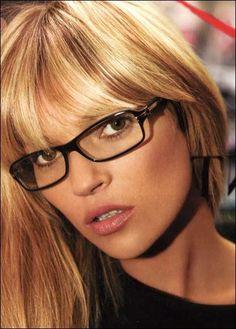 Davis Vision - #KateMoss looks glamorous in her black-rimmed specs