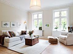 Soggiorno dalle tinte chiare - Arredare un soggiorno con i colori chiari.