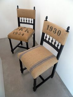 Virginie Gariel - Tapissier d'ameublement Plus Virginie Gariel - Tapissier d'ameublement Plus Diy Furniture Upholstery, Repurposed Furniture, Upholstered Chairs, Painted Furniture, Chalk Paint Chairs, Chair Makeover, Diy Chair, Home Staging, Chair Design