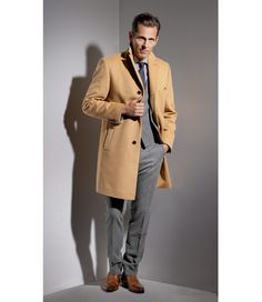 The Essential: The Camel Overcoat - Best Coats for Men - Esquire Winter Outfits Men, Fall Outfits, Casual Outfits, Suit Fashion, Fashion Shoot, Fashion Advice, Fashion News, Peacoats, Kinds Of Clothes