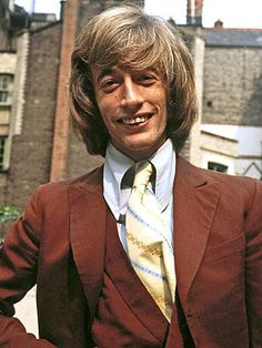 Robin Gibb, in 1970  Sydney O'Meara/Express/Getty  FacebookTweetRobin Gibb, one of the last members of the iconic familial pop group the Bee Gees, died Sunday. He was 62.
