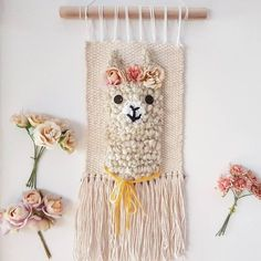 Handmade by (Prima_ding) link in bio handwoven llama alpaca wallhanging Tapestry Weaving, Loom Weaving, Hand Weaving, Knitting Blogs, Loom Knitting, Yarn Thread, Weaving Projects, Tear, Art Mural