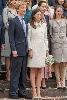 Monaco royals, including Princess Alexandra of Hanover (half-sister). Andrea Casiraghi, Pierre and Beatrice Casiraghi and Charlotte Casiraghi, attend the civil wedding of their stepbrother Prince Christian of Hanover to Alexandra de Osma. Estilo Real, Beauty And Fashion, Royal Fashion, Wedding Suits, Wedding Gowns, Wedding 2017, Chanel Coat, Religious Wedding, Wedding Outfits