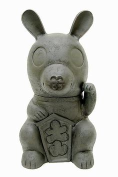 NOBUHITO NISHIGAWARA Maneki Roba, 2008 / clay, epoxy, cement and paint / 31 x 15 x 16 inches