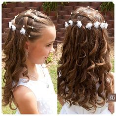 Gorgeous First Communion Hairstyles for Girls Girls Hairdos, Hairdos For Short Hair, Cute Girls Hairstyles, Flower Girl Hairstyles, Curly Hair Styles, Communion Hairstyles, Bridesmaid Hair Updo, Hair Due, Toddler Hair