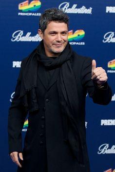 Alejandro Sanz ayer - '40 Principales Awards' 2013 - Red Carpet
