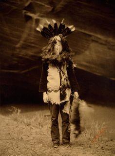 Haschelti – Yeibichai (Navajo), 1904 #Native Americans