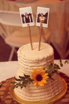Loved my wedding topper! Original and affordable! Wedding Topper, Wedding Decorations, Budget, Diy Crafts, Cake, Desserts, Food, Pie Cake, Meal