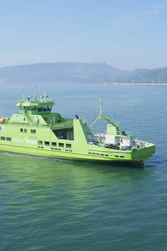 Se aproveitar o fim de semana grande para visitar Tróia, lembre-se de utilizar a sua Via Verde para aceder ao ferry. E boa travessia! #viaverde #viagensevantagens #Portugal #tróia #ferry