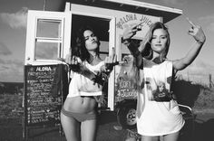 Image uploaded by Livia Felippin. Find images and videos about girl, fashion and cute on We Heart It - the app to get lost in what you love. Young Wild Free, Wild And Free, Astrology Tumblr, My Best Friend, Best Friends, Party Hard, Friend Goals, Partners In Crime, Single Women