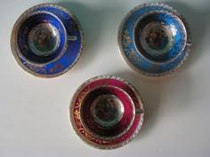 SALE 3 neo classical little tea cup saucer sets di Vintouchables, €15.00