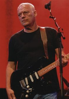 David Gilmour | Pink Floyd - A must see show, I would love to see them again.