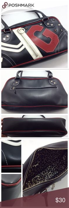 Spotted while shopping on Poshmark: Guess Bag! #poshmark #fashion #shopping #style #Guess #Handbags