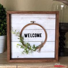 Make this Easy Embroidery Hoop Wreath Wall Art - click through for directions and a printable project sheet.