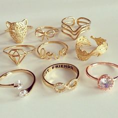 Imagem de rings, gold, and diamond Teen Jewelry, Cute Jewelry, Jewelry Accessories, Fashion Accessories, Jewlery, Teen Accessories, Jewellery Rings, Gold Jewelry, Cute Rings