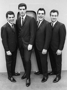 Bob Gaudio, Tommy Devito, 20th Century Music, Mid Century, Nick Viall, Frankie Valli, The Ed Sullivan Show, American Bandstand, Retro