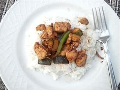 Readable Eatables: {Chicken and Zucchini Stir Fry}