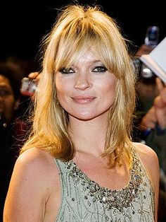 Love this cut! Celebrities Before And After, 1 Gif, Layered Cuts, Kate Moss, Fashion Watches, Blonde Hair, Hair Makeup, Hair Cuts, Bob