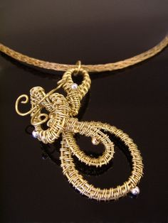 Elegant woven wire necklace by DahyiitihiArts on Etsy