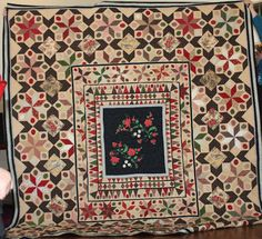 MEDALLION QUILT..............PC Petra Prins Petra Prins, Medallion Quilt, My Sewing Room, English Paper Piecing, Quilting Projects, Dutch, Bohemian Rug, Projects To Try, Quilts