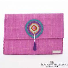 "srta-pepis: ""… Cluch Bag, Mint Bag, Envelope Art, Boho Inspiration, Fashion Themes, Art N Craft, Pouch, Wallet, Handmade Bags"