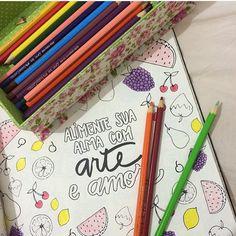 Gente, vi esse livro hj na saraiva , é o #livrodosossego e cada página dele é muito amor, são das meninas do @instadobem fiquei maluquinha pra comprar hahahahahaha mas não hj não podia mais gastar !!!!  Enfim essa página tem tudo a ver com nossos coloridos não é???