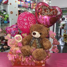 Valentines Day Baskets, Bear Valentines, Valentine Crafts, Valentine Day Gifts, Gift Bouquet, Candy Bouquet, Balloon Bouquet, Valentine's Day Gift Baskets, Balloon Gift