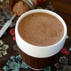 """""""Healthy Recipe: Hot Chocolate Mix Ingredients 1 c. Cocoa Powder 1 c. Granular Sweetener - for sugar-free I recommend Swerve or Birch Xylitol 1 tsp. Healthy Hot Chocolate, Hot Chocolate Mix, Vegetarian Chocolate, Chocolate Heaven, Atkins Recipes, Low Carb Recipes, Real Food Recipes, Healthy Recipes, Ketogenic Recipes"""
