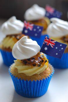 Passion Fruit Pavlova Cupcakes-Happy Australia Day All! Australian Party, Australian Food, Australian Recipes, Baking Cupcakes, Cupcake Recipes, Cupcake Cakes, Fruit Cupcakes, Cup Cakes, Australia Map