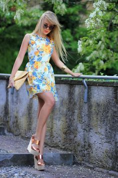 25 Romantic And Relaxed Floral Summer Dresses Styleoholic | Styleoholic