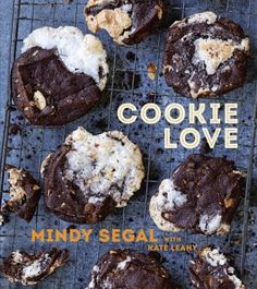 Cookie Love : more than 60 recipes and techniques for turning the ordinary into the extraordinary by Mindy Segal with Kate Leahy. A gorgeous cookie book! No Bake Treats, No Bake Cookies, Cookies Et Biscuits, Baking Cookies, Drop Cookies, Candy Cookies, Bar Cookies, Brownie Recipes, Cookie Recipes