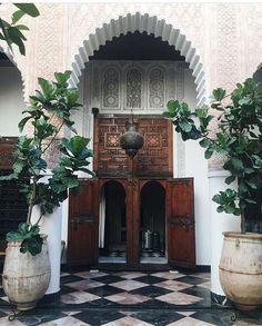 Interiors and potted plants at Riad El Fenn, Wedding and Event Venue, Marrakech, Morocco Marrakech Morocco, Marrakesh, Moroccan Design, Moroccan Style, Islamic Architecture, Interior Architecture, Beautiful World, Beautiful Places, Moroccan Interiors