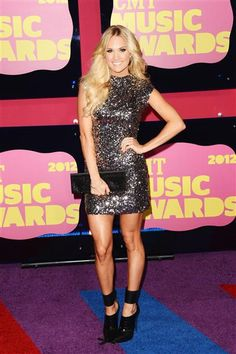 Carrie Underwood at 2012 CMT Music Award. Love this entire outfit!