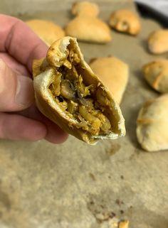 Pierogi, Breakfast Menu, Tempeh, Cheesesteak, Bagel, Bread, Ethnic Recipes, Food, Gastronomia