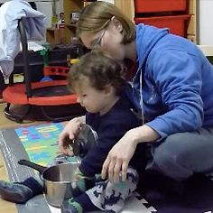 In this article, Cecily looks at container play and the methods she uses to help container play develop necessary skills.  There is a great video included which demonstrates the techniques and Ronan's progress wonderfully.