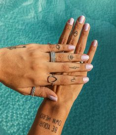 16 Tiny Tattoos That Scream Spring, , Tattoos Piercings, Small Girly Tattoos, Little Tattoos, Mini Tattoos, Sexy Tattoos, Cute Tattoos, Tattos, Girly Hand Tattoos, Small Simple Tattoos, Awesome Tattoos