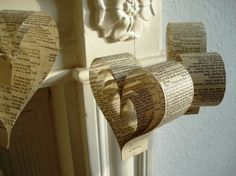 Recycled paper wedding garlands and decorations made of falling apart Shakespeare's plays. Ideal for a book themed wedding! Paper Hearts, Diy Wedding Decorations, Paper Decorations, Heart Decorations, Wedding Garlands, Parties Decorations, Paper Garlands, Church Decorations, Engagement Decorations