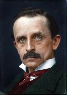 """colorized by Jecinci // James Matthew Barrie as a Scottish novelist and playwright, best remembered today as the creator of """"Peter Pan"""". He was born and educated in Scotland and then moved to London, where he wrote a number of successful novels and plays // source: facebook.com/jecinci Color Photography, White Photography, Colorized History, Jm Barrie, Comparative Literature, Hollywood Men, Writers And Poets, Book People, Great Photographers"""