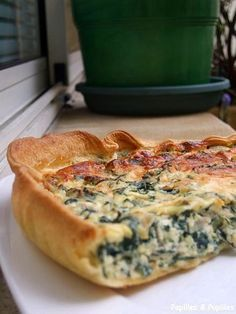 Pie chard and ricotta Other Recipes, Vegetable Recipes, Quiches, Happy Vegan, Savory Tart, Batch Cooking, Dinner Rolls, Coffee Recipes, Winter Food