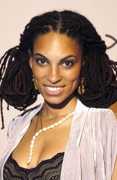 Goapele's breathtaking locs. She inspired me to grow my own locs. Everytime I see a picture her, it makes me want to regrow them.