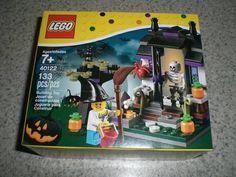 Lego #40122 Halloween Trick or Treat NEW in Oswego