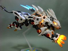 HMM Zoids 1/72 RZ-041 Liger Zero: Painted Build. w/Full LEDs.