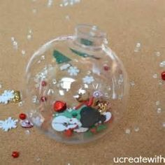 Christmas Ornament DIY {Holiday Kids Craft} - Tip Junkie great craft and party favor for winter wonderland onederland party.