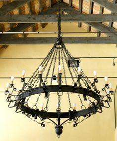 Lámpara Montecristo 18 luces, se puede cambiar el color de la forja.