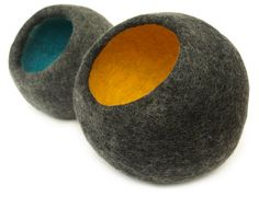 felted vessel by Stovelldesign